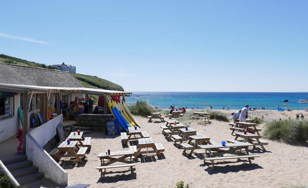 poldhu-cove-beach-2